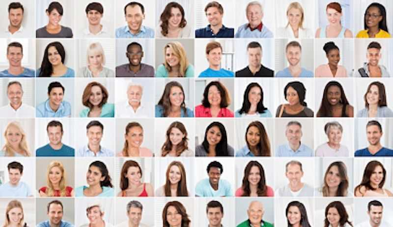 Do Actors Need Different Headshots for Different Mediums?